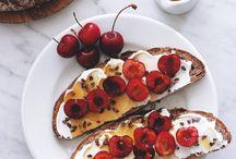 Tartines with cherry