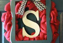 Wreaths / Burlap Chevron Frame Wreath
