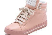 Klær, sko, vesker ++