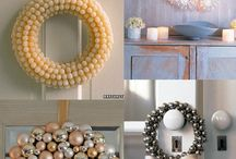 Christmas Wreaths/Swags/Florals / by Cath Windmueller