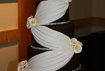 Torte nuziali / La pagina propone suggerimenti per dolci e torte di matrimonio, con l'augurio che possiate deliziare le vostre nozze!