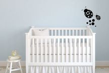 Nursery wall decals / High-contrast wall stickers for baby nurseries.