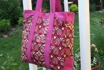 Free handbag patterns / by Sewing lady