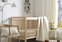Gender Neutral Nursery Ideas / Don't know if you are having a boy or a girl? Or having twins or hoping to re-use the nursery? Here are ideas to create a gender-neutral nursery for your baby/babies.