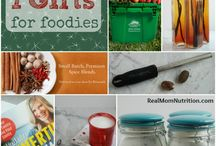 Holiday Food Gifts / by Real Mom Nutrition