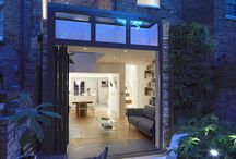 A wide illusion / The size of the house called for the utilisation of every little corner of the Lower ground floor. Space under the stairs was maximised, built in furniture against the walls and a large glazed part of the roof, all contributed to a sense of width and allowed light to penetrate all the way into the interior.