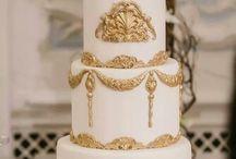 bílo zlatý svatební dort