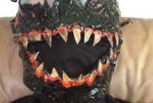 A Carnage Costume /  Select Best Spiderman Carnage Halloween Costume for your Halloween theme party. This costume includes mask, Shirt, Pants and shoes and many things.Explore our Board.