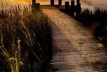 Sunrises & Sunsets / Photographs of sunrises & sunsets