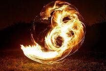 Flammes, flammèches, feux / Le feu sous toutes ses formes.