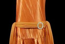 001. Оранжевые платья.