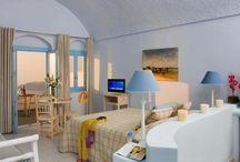 Santorini / Places in santorini we like...