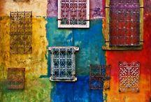 Windows... / by Suzy Weatherby