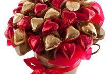 Double chocolate cake- taste of love / Online cake delivery- making the celebrations easy A classic chocolate cake with rich chocolate frosting is a rewarding birthday treat. I say chocolate, You say cake! #CakeNGift #KhushKaroApnoKo