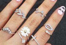 anéis diferentes