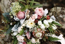 Moody Wedding Floral Inspiration / Inspiring Unique, Organic, Earthy, Wild and moody  floral bouquets and arrangements created with real, raw, natural elements to capture the eye. Deep and rich tones for inspiration in coloring, texture, and variety for the west coast and Utah brides for their weddings.