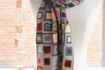 Halstørklæde i strik