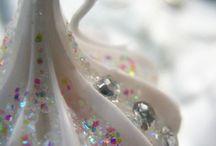 ᎦᏇҽҽʈ ɱᎥʂʂ ᏣɦɽᎥʂʈɱαʂ / ~ She is Sweet miss Christmas. She loves silver, glitter & bling! ~