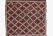 Zili / Zili is one of the hardest forms of Kirkit weaving, and at the same time is one of the most precious of all of Turkish handcrafted artworks. Because of its difficulty and the fact that all motifs can't be woven in all that easily, one finds the same basic motifs used over hundreds of years. What this ends up meaning is that you find the same basic aesthetic all the way from Algeria to Samarkand!