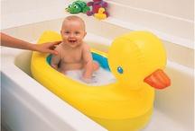 Munchkin Inflatable Duck Bath