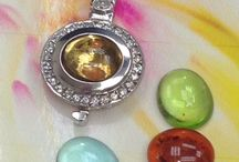 Color Me Pendants / Change the stone as Easy as a Click