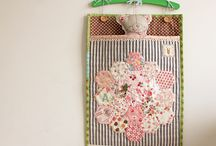 quilts...small quilting and sewing projects / by Carolynne Mason