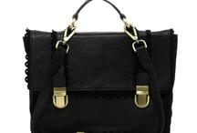 purse / by Meghan Ewald
