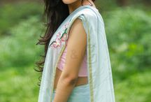 Baby Blue Gala Orchid Twig Pure Silk Chiffon Saree / PRICE INR 5,721/- US$ 86.68 Click here https://www.eastandgrace.com/products/gala-orchid-pure-silk-chiffon-saree Featuring a baby blue pure silk chiffon saree with a faint golden criss-cross border and a single hand embroidered pink-blue Gala Orchid twig on the pallu. Orchids are about splendor and magnificence. Never ordinary. care@eastandgrace.com #eastandgrace