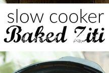 Crock Pot Recipes / Recipes to make in your Crock Pot