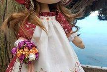 muñecas  y algo más