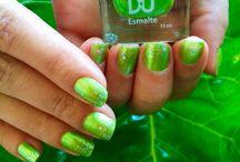 Esmalte B.U: verde - Seja Íncone / Esse foi o meu Esmalte da Semana: Venham ver o significado dessa cor! http://camilazivit.com.br/esmalte-bu-verde-seja-incone/
