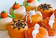 Spooky & Sweet Halloween Dessert Treats / by Pink Petit Fours