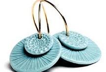 Jewelry-Earrings / by Vicki Wilson