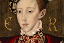 Casa_Tudor / La Casa de Tudor gobernó el reino de Inglaterra desde 1485 hasta 1603. Su emblema era la rosa Tudor, de diez pétalos, cinco blancos en el centro y cinco rojos en el borde exterior. Simbolizaba la unión de la Casa de York con la Casa de Lancaster y el fin de la guerra civil que ensangrentó Inglaterra durante el siglo XV.  Remonta su origen al siglo XIII. Comprende una serie de cinco monarcas de origen galés que reinaron sobre el reino de Inglaterra y el reino de Irlanda.