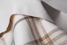 """Chenille/Шенилл / Шенилл (шинил) получил свое название от французского слова """"chenille"""" – «гусеница», так как его «визитная карточка» - это выпуклая нить с мягкой округленной поверхностью, своим контуром напоминающая движение мохнатой гусеницы. Это ткань с разрезным (стриженым) ворсом, который не закреплен и может быть вытащен из основы ткани."""