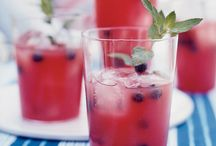 Welcome Drinks. / Wedding welcome drink ideas.