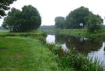 Okkenbroek en omgeving / Met de introductie van Salland Wandelnetwerk zijn er diverse wandelroutes gekomen tussen Bathmen en Raalte. Mooie routes over gevarieerde (kerke)paden en langs mooie plekjes.