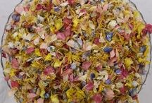 Natural Petal Confetti / Natural, real confetti petals for weddings.