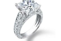 2.75 ct Lady's Princess Cut Center Stone and Round Cut Side Stone Diamond Engagement Ring in 14 kt White Gold