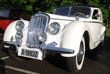 Bryllupskjøring / www.standsmessig.no formidler utleie av kjøretøy for bryllupskjøring og andre spesielle oppdrag.