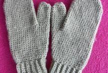 Adult mitten in crochet