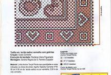 Bordado espanhol ou ponto cruz duplo