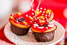 Cupcakes Minie / A linda festa foi preparada pela Taty da Mundo de Encantar e o as lindas fotos são da Gabi Urtiaga Fotografia