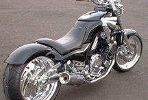 Yamaha FZX 750 Old Sparrow