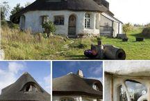Case in Terra, Paglia e Legno / Raccolta di case in terra, paglia e legno ecosostenibili e biocompatibili.