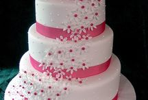 Pretty Cakes / by Kassi Gibson