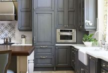 Room (nourishing) / Kitchen, bathroom, and bourdaire arrangement ideas.  / by AshGUTZ