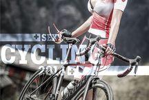 Sexy cycling calendar / Für den Sexy-Cycling Kalender Swiss 2016 haben sich 12 Frauen von Fotograf Daniel Geiger ablichten lassen, unter anderem Hobbybikerinnen, Rennradfahrerinnen & eine Downhillfahrerin.  Mehr Informationen und Bestellmöglichkeiten unter www.sexy-cycling.ch   Noch mehr sexy Bikerinnen: Cyclepassion-Kalender - alle Bilder von 2009 bis 2015