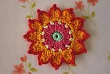 crochet flowers, motifs, squares / by Kimmy Burger