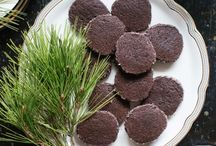 Holiday Recipes & Traditions / A few delicious holiday recipes-cookies to cocktails. Spread holiday cheer!